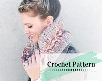 CROCHET COWL PATTERN / Easy Crochet Pattern / Chunky Crocheted Circle Scarf / Light Of My Heart Cowl