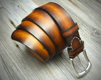 GENUINE LEATHER BELT. Handmade with full grain italian leather and solid brass buckle