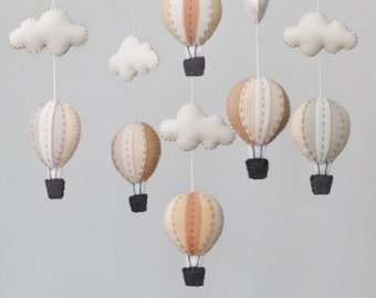 Neutral hot air balloons baby mobile - baby mobile - Monotone baby mobile