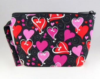 Romantic Hearts Makeup Bag - Accessory - Cosmetic Bag - Pouch - Toiletry Bag - Gift