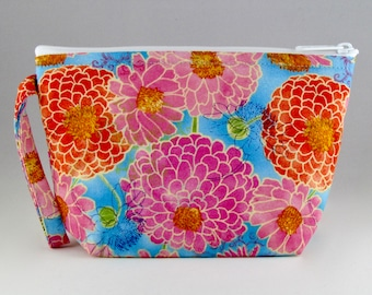 Blissful Blooms Makeup Bag - Accessory - Cosmetic Bag - Pouch - Toiletry Bag - Gift