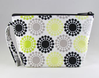 Dotted Makeup Bag - Accessory - Cosmetic Bag - Pouch - Toiletry Bag - Gift