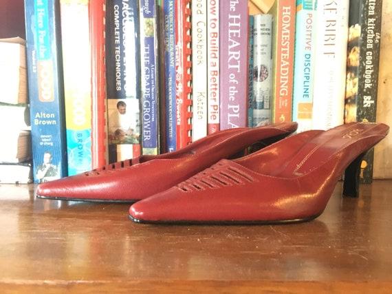 Vintage shoes   1990s BCBG heels, vintage BCBG mu… - image 1