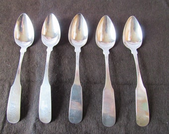 Early Colonial Pat Lot of 6 Teaspoons 1930 Monogrammed M Lunt Silver Company Vintage Silver Sterling Flatware Treasure Brand