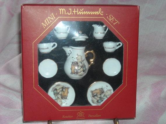 MJ HUMMEL MINIATURE TEA SET NEW IN BOX