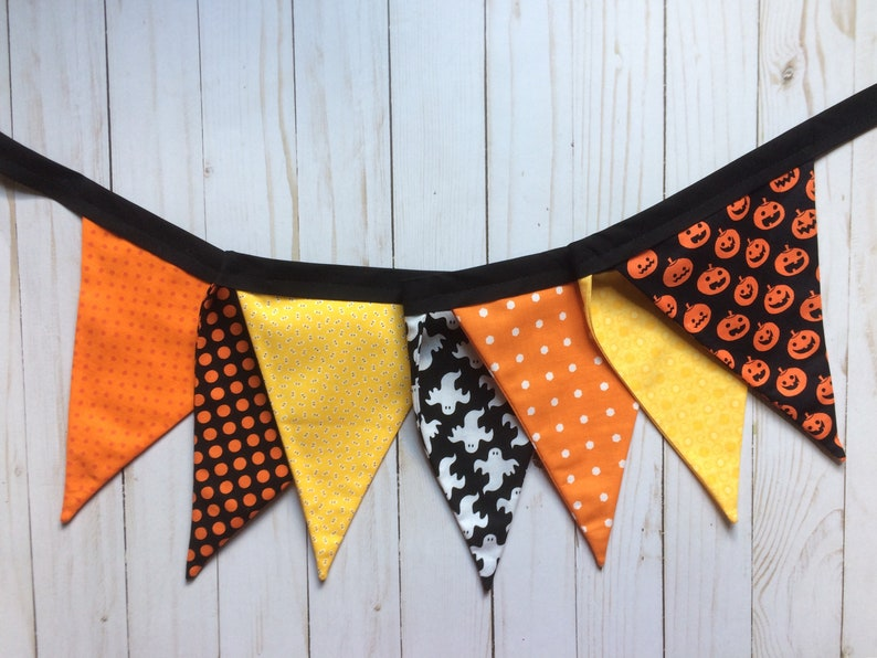 Cloth Banner Halloween Fabric Pennant Banner Halloween Decor Kids Halloween Party Black Orange Yellow Bunting Ghosts Pumpkins Garland