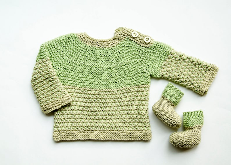 f4a58e3f6770 SALE 3 Mths Easy-On Baby Sweater with Matching Booties Hand