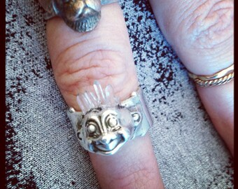 Troll head ring on thick band. silver