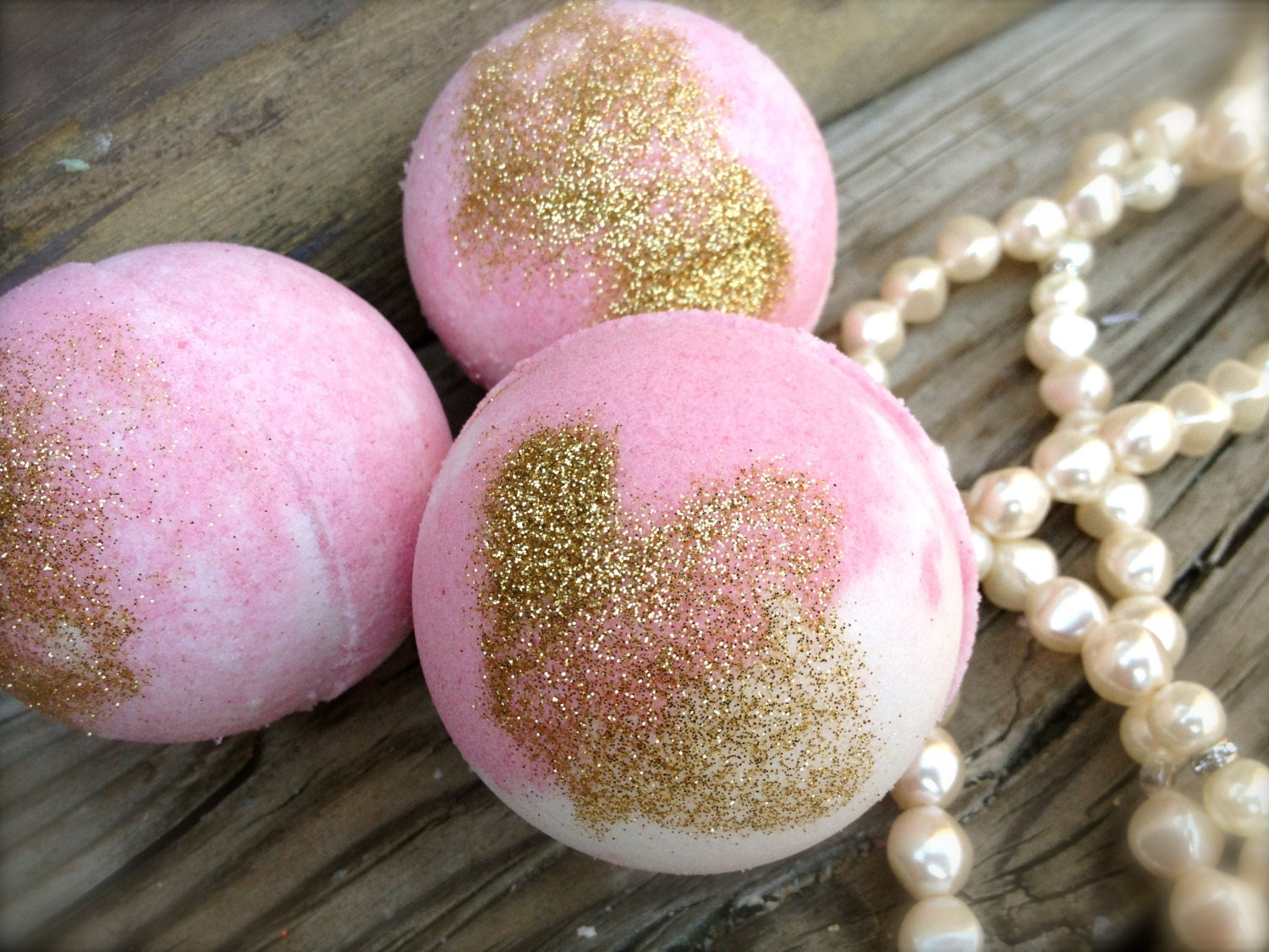 Sons Girlfriend Birthday Gift Daughter In Law Bath Bombs Pampering For HER Set Of 3 Fizzies Sweet Pink Sugar