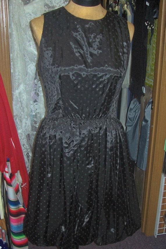 Jean Leslie little black dress balloon bottom dot… - image 1