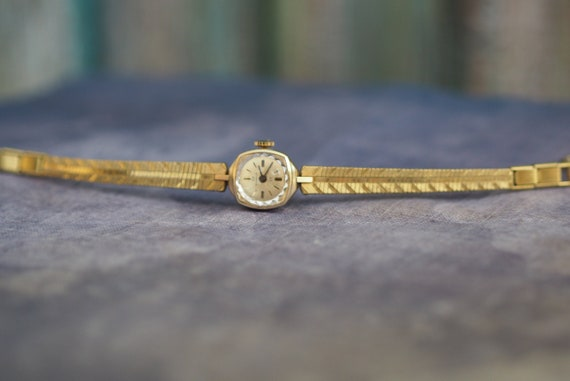 Tiny German Women's  Watch Ducado 1960's/  Vintage