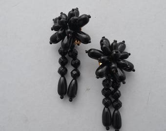 Vintage Retro 80s black dangly clip on earrings