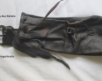 2 pockets adjustable waist 85 cm Banana bag belt bag black leather crust
