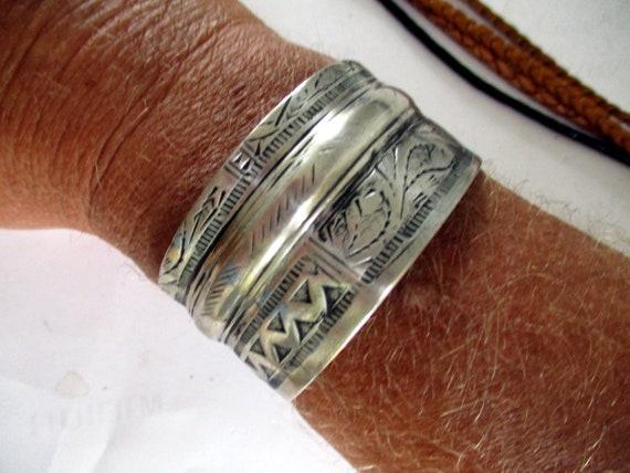 Sterling silver bangle Egypt Libya Tunisia Egypt p