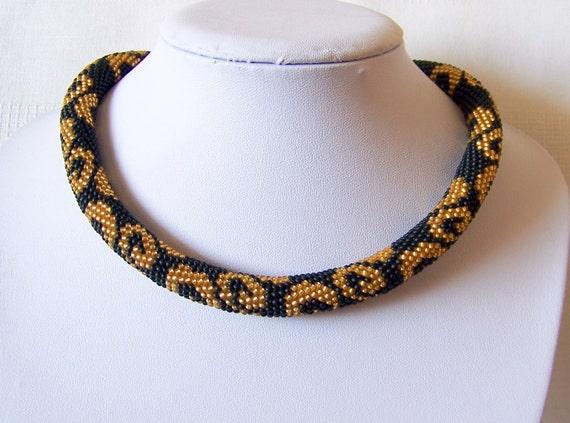 green black bead crochet necklace Glamour Gold Green Black beaded necklace elegant geometric Statement crochet rope