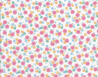 Penny's Pet's by Darlene Zimmerman for Robert Kaufman ADZ16183122 - Pink Floral - Reproduction Fabric - Cotton Fabric