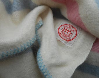 Vintage Union Made Wool Horn Bros. Twin Sized Blanket