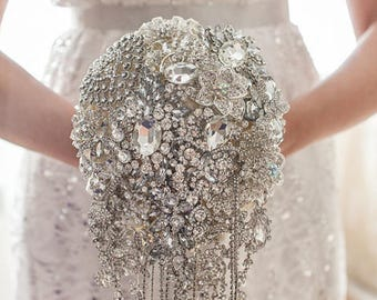 Cascading Brooch bouquet. Full crystal Ivory and Silver wedding broach bouquet, Jeweled Bouquet Quinceanera keepsake bouquet