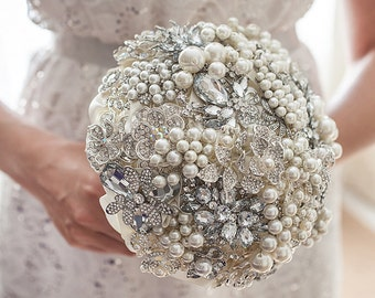 Brooch bouquet.  Ivory and Silver pearls wedding brooch bouquet, Jeweled Bouquet. Quinceanera keepsake bouquet