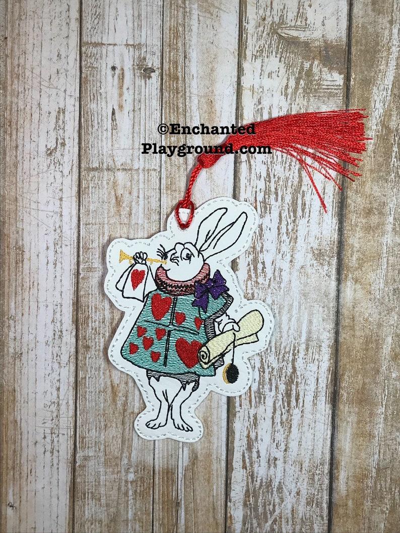 The White Rabbit bookmark with tassel image 0