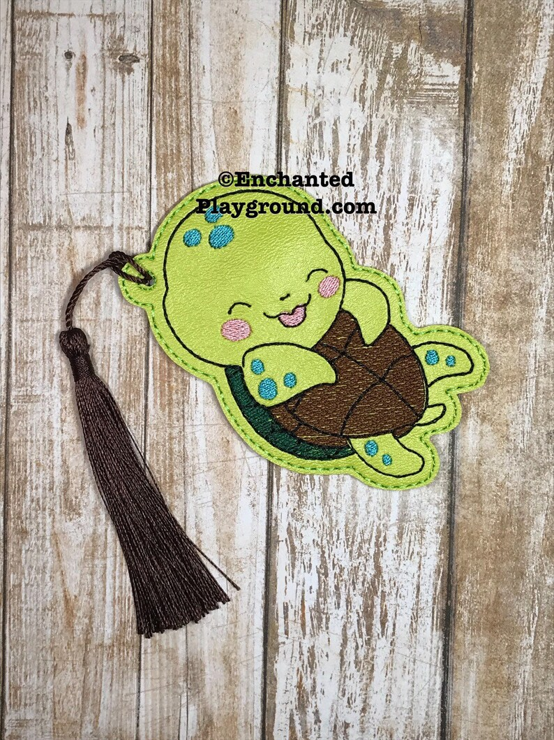 Sweet Turtle bookmark with tassel image 0