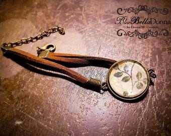 Brown Leather Leaf Design Bracelet