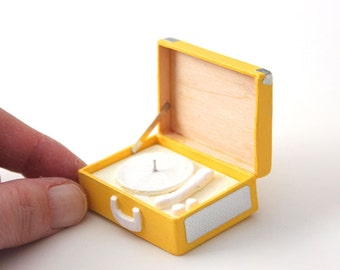 Fifties Miniature record player: miniature record Turntable-Yellow
