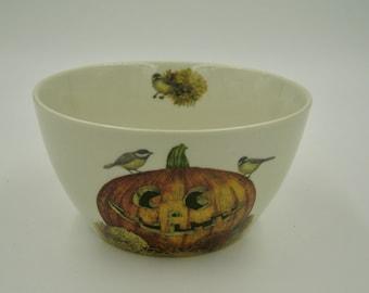 Tim Coffey Halloween Bowl, great condition
