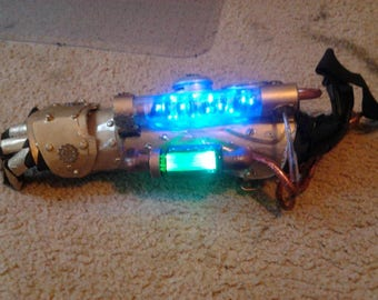 Steampunk, Cosplay, Cosplay armor, steampunk armor, costume arm, fallout armor, lighted gauntlets, custom made arm gear