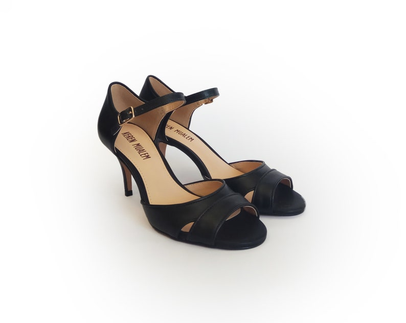 Black strap sandals Dress sandal Heel sandals Wedding sandals Leather sandals Black shoes Summer sandals Black high heel sandals