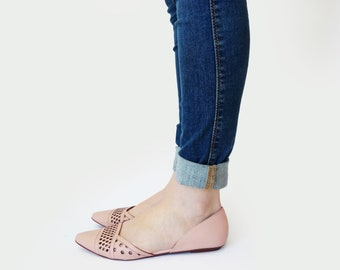 Pink shoes for women, Flat shoes, Womens shoes, Leather shoes, Summer shoes, Women's shoes, Laser cut shoes, Boat shoes, Comfortable shoes