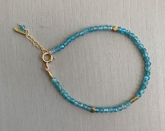 Apatite Bracelet-Tiny Gemstone Bracelet-Delicate Bracelet-Aqua Bracelet-Layering Bracelet-Blue Green Gemstone-Adjustable Bracelet