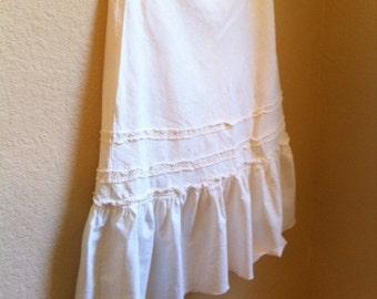 White Cotton Skirt With A Drawstring Waist