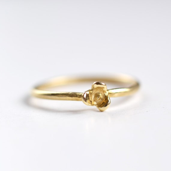 7fd44f4f3581e Gold Flower Ring - Tiny Flower Ring Gold - Solid Gold Ring - Alternative  Engagement Ring - Gift for her - Flower Jewelry - by kornelia
