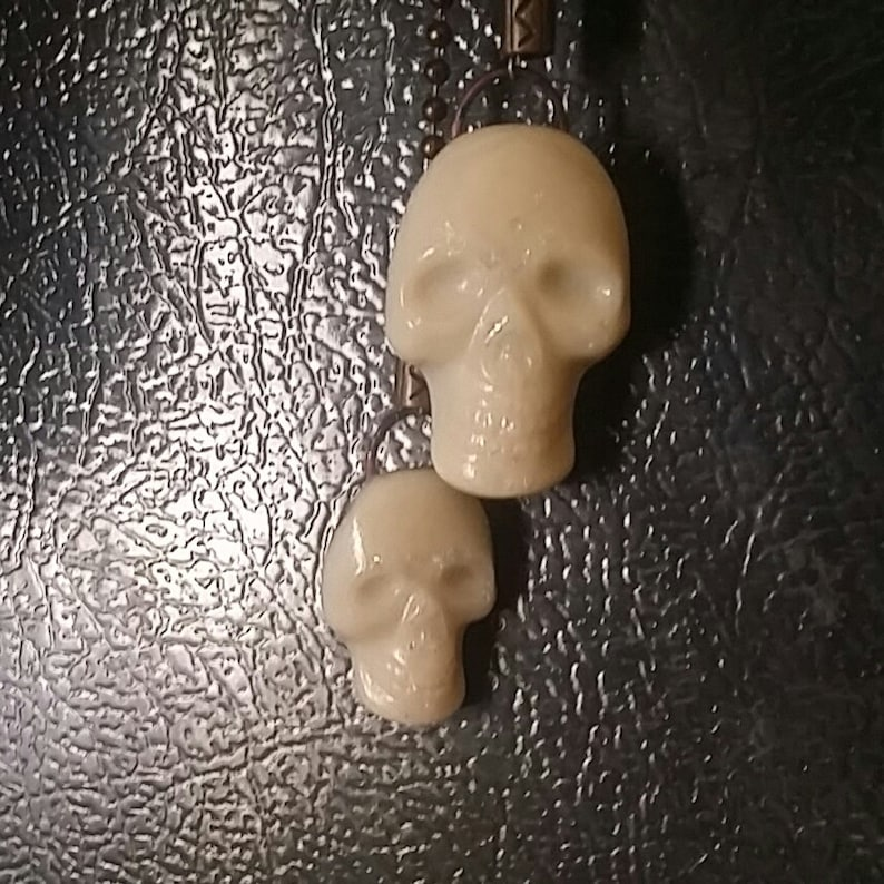 Bronzetone Fan Pull Warm White Opal Dichroic Sparkle Fused Glass Halloween Skull on Bronze-tone Ball Chain Ceiling Fan Light Pull pair