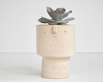 Small  short tiered planter pot //white stamped