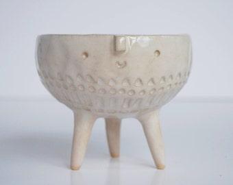 Tripod bowl planter pot  // white glaze stamped// small