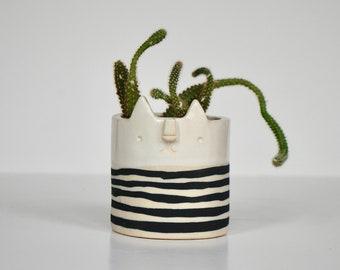 Mini cat planterpot // stripe