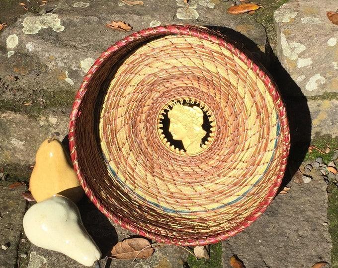 E Pluribus Unum Medium Serving Basket