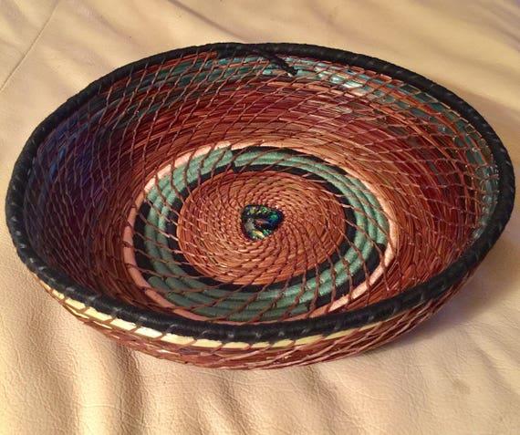 Four Winds Serving Basket