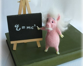 Einstein Pig Needle Felted Animal Soft Sculpture Model Science Gift Needle Felting Home Decor Pig Ornament