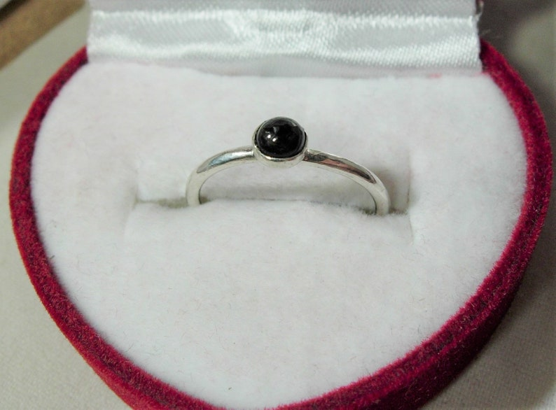 July Birthstone Size I or 4 12 Stirling Silver CAPRICORN Star Stone 3.0mm Brown Star Sapphire Ring 15th Anniversary Gem