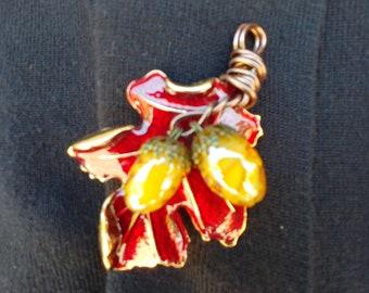 Red Oak and Acorns Brooch/Pendant
