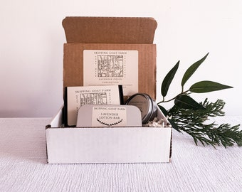 QUICK FREE SHIPPING Lavender Collection gift set