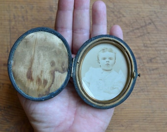 Antique Hinged Photograph Case with Child's Picture