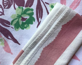 vintage floral tablecloth and matching napkins