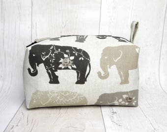 Bag With Name Gifts for Her Elephant Tote Custom Makeup Elephant Gift Ideas Personalized For Best Friend Cute Elephant Makeup Pouch