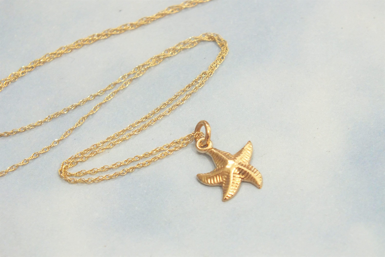 16 mm 14K White Gold Starfish Pendant