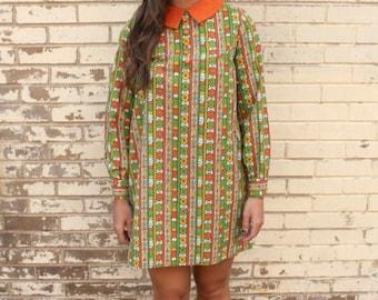 Vintage Handmade 60s Mod PeterPan collar, Orange, Green, Yellow, Pattern Round Button Mini Dress
