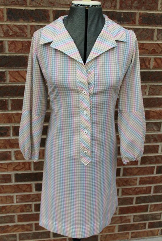 Vintage 60s Spring Colors Gingham Button-Up Collar
